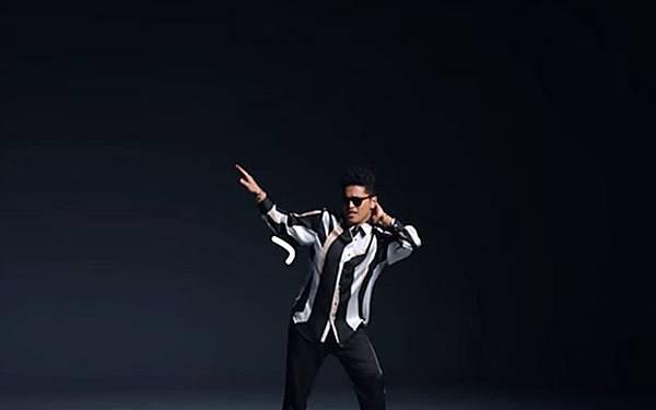 Bruno-Mars-Thats-What-I-Like-video-watch.jpg
