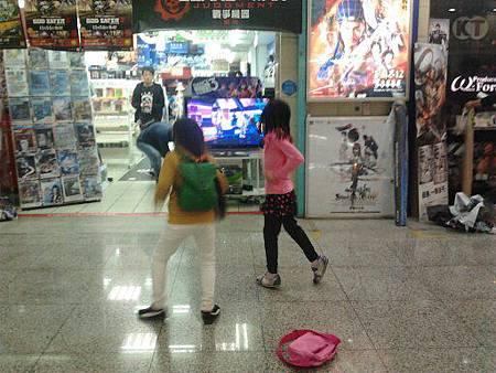 台北地下街-街舞