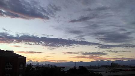 20151122_060704天空-2