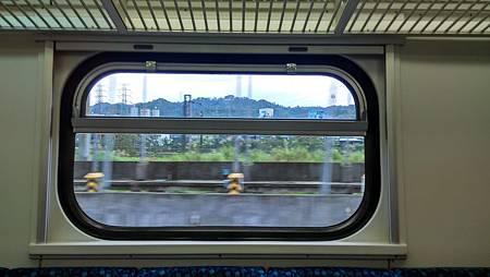 20170211火車上-3