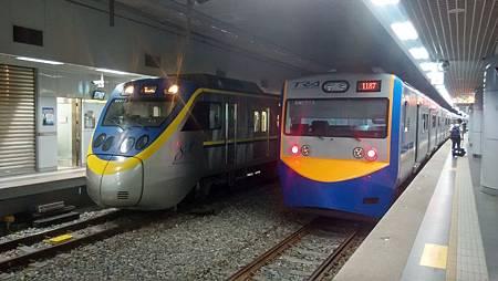 20170922基隆火車站裡