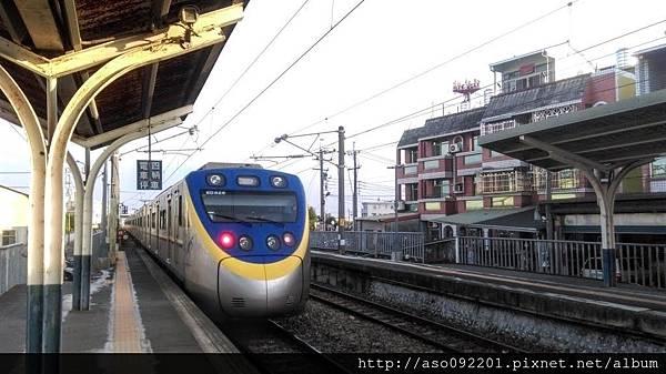 2016051014火車到站囉