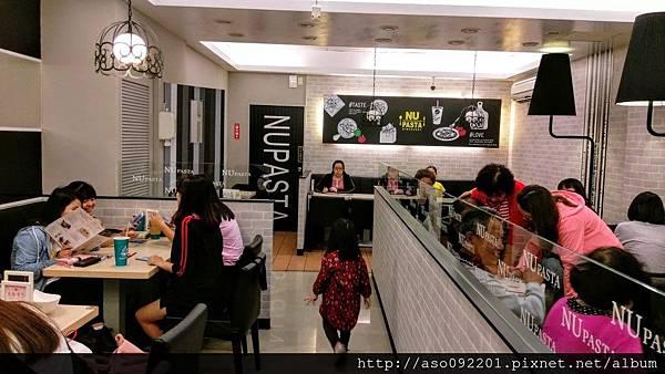 2016120905用餐區1