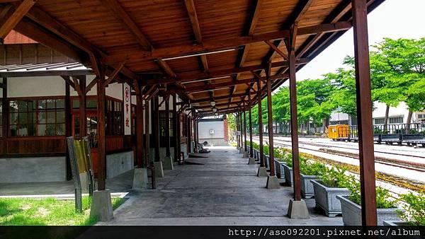 2016121837車站迴廊