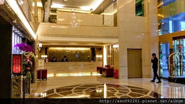 2016121903飯店大廳