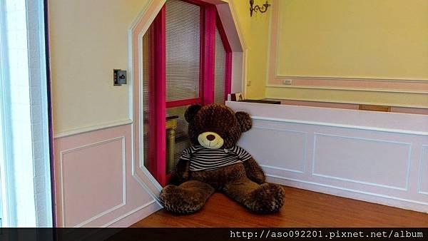 2016122006入口處的熊熊