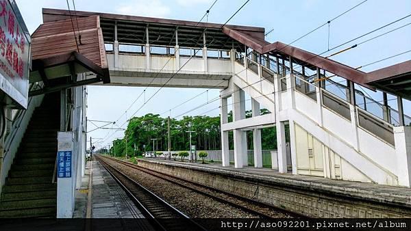 2016122515跨站天橋