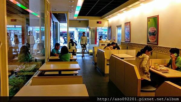 2017010207店內用餐空間