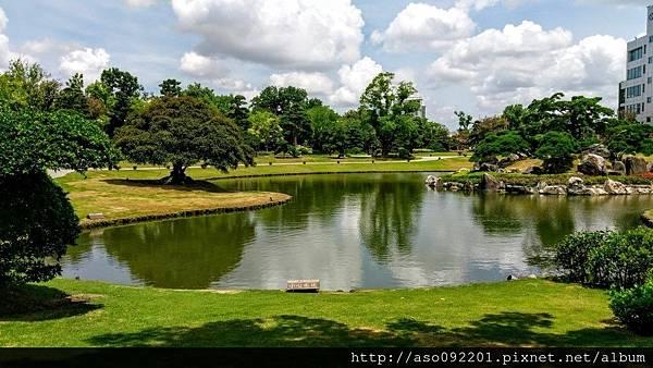 2017010833西向東望和園水池