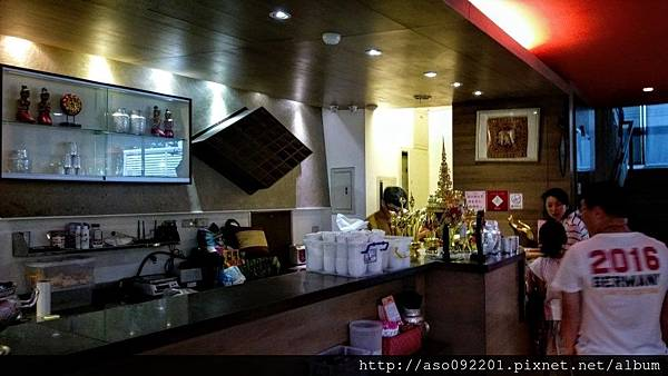 2017010605餐廳櫃台