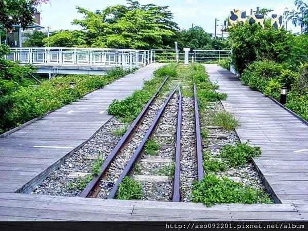 2017011306鐵橋末端
