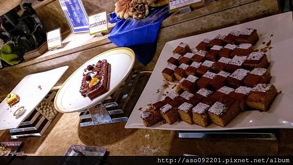 2017020136甜點區