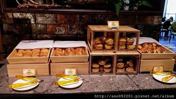 2017022249烤麵包區