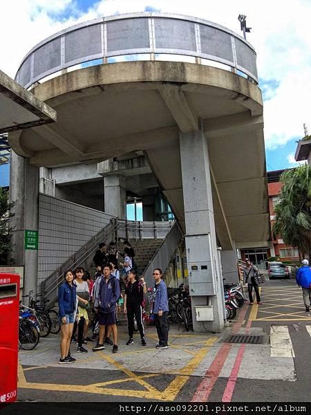 2017041807過站天橋入口