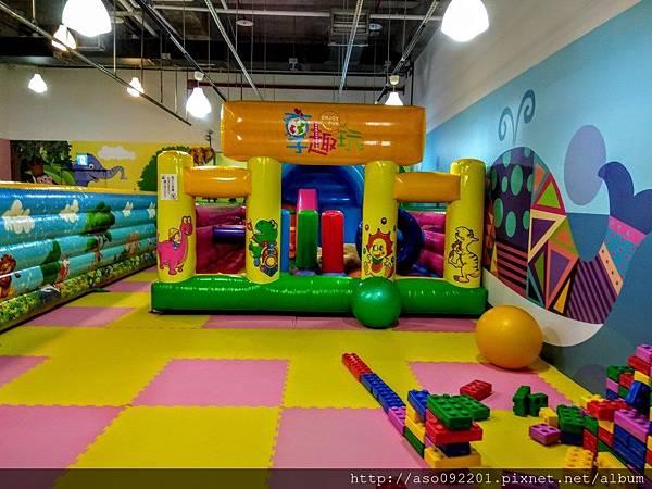 2017070610大型充趣遊樂設施
