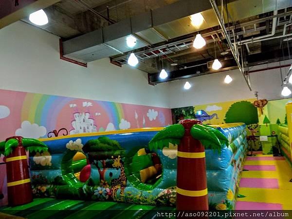 2017070611大型充趣遊樂設施