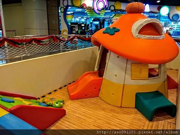 2017070622兒童玩樂區