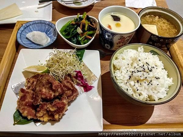 2017070912雞腿唐揚定食