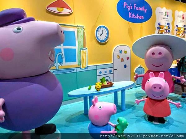 2018022206佩佩豬的家庭生活