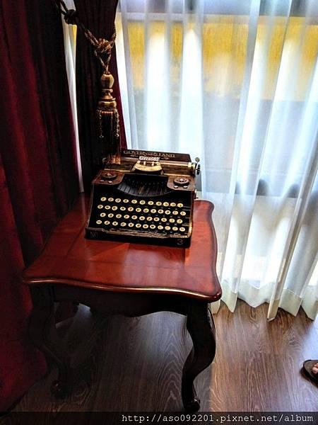 2018121019打字機
