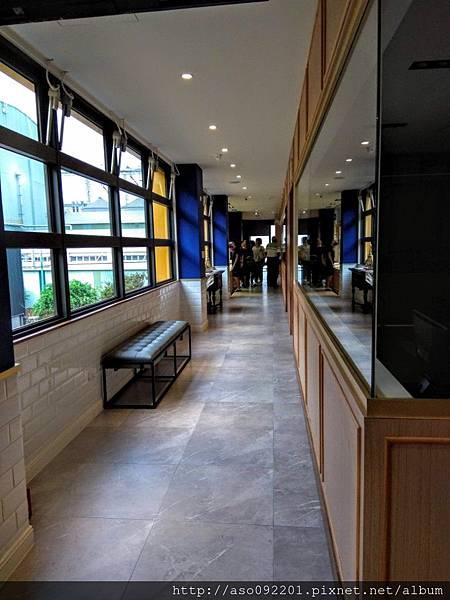 2018121022走廊