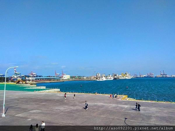 2019020812貨櫃碼頭