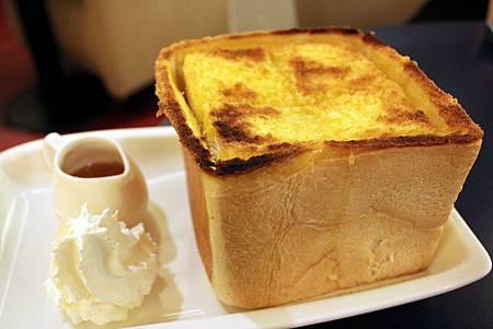 H 蜂蜜奶油吐司盅 1.JPG
