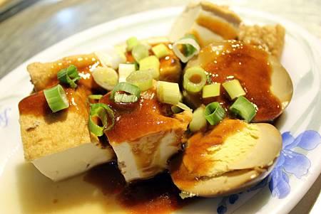 老媽咪 油豆腐.JPG