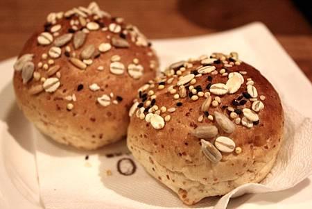 HALO麵包.JPG