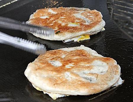 高雄蔥油餅 1.JPG