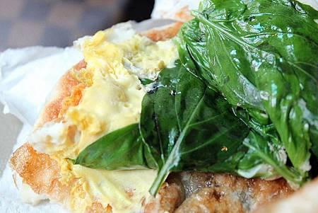 高雄蔥油餅 4.JPG