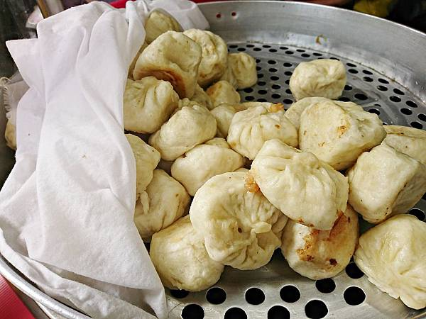 高麗菜水煎包 (2)