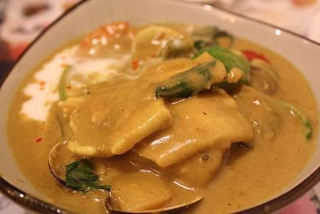 泰式咖哩海鮮飯 2.JPG