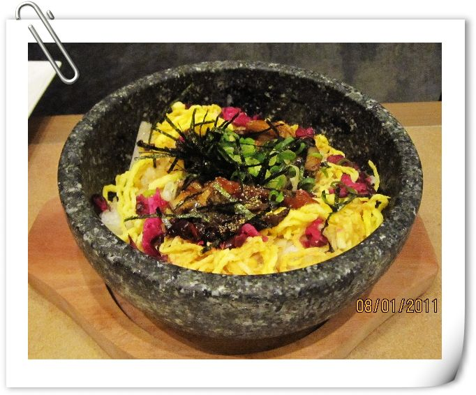 石鍋鰻魚拌飯.jpg