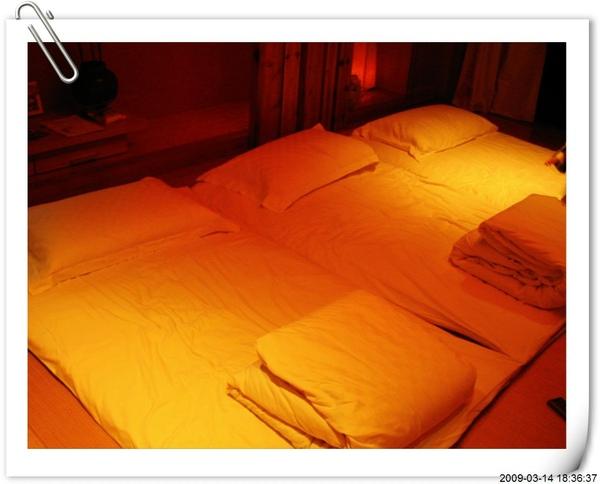 鋪床.jpg