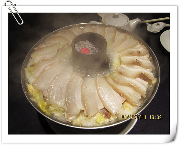 酸菜白肉.jpg