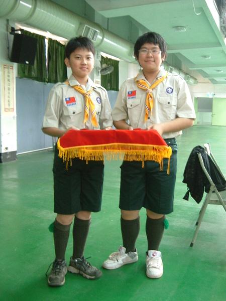 李德哲和田政弘穿童軍服很好看唷