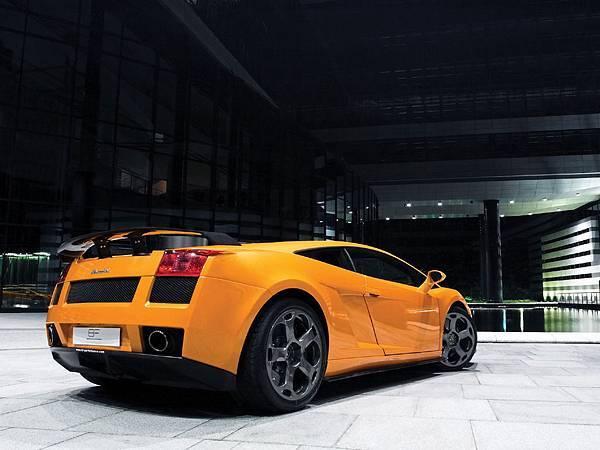 2008-BF-Performance-Lamborghini-Gallardo-GT-540-Rear-Angle-1280x960[1].jpg
