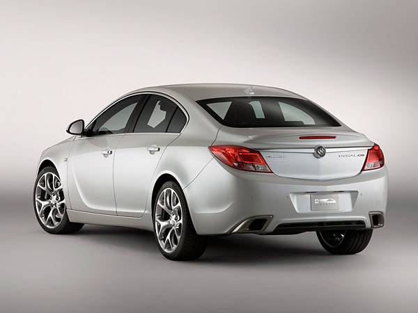 2010-Buick-Regal-GS-Show-Car-Rear-And-Side-1920x1440[1].jpg