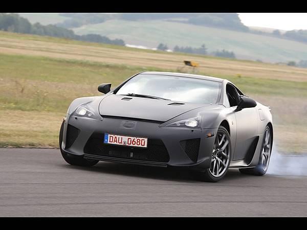 2012-Lexus-LFA-Black-Front-Angle-Smoke-1920x1440[1].jpg