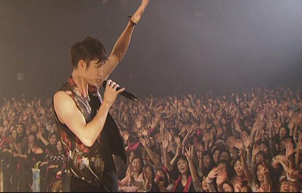 1KMP-DVD[(040771)15-22-04].jpg