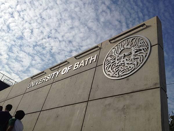 01 Bath.jpg