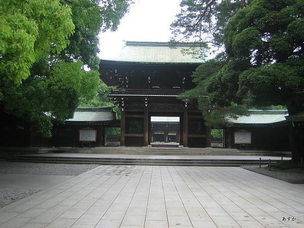 japan0607 124-1.jpg