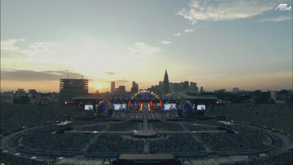【AB】ARASHI_10-11_TOUR_Scene~君と僕の見ている風景~STADIUM_disc1[(027099)20-21-10].JPG
