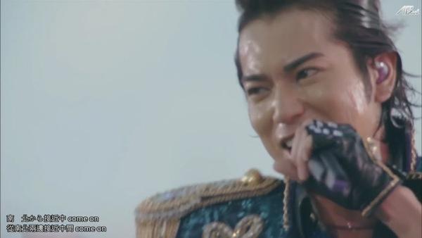 【AB】ARASHI_10-11_TOUR_Scene~君と僕の見ている風景~STADIUM_disc1[(026052)20-20-14].JPG