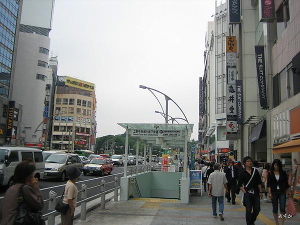 japan0607 334-1.jpg