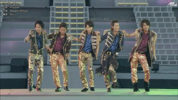 【AB】ARASHI_10-11_TOUR_Scene~君と僕の見ている風景~STADIUM_disc1[(014864)20-12-46].JPG