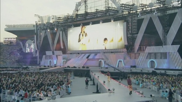 【AB】ARASHI_10-11_TOUR_Scene~君と僕の見ている風景~STADIUM_disc1[(032170)20-24-46].JPG