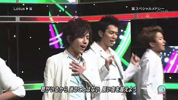 2011.04.01 嵐 スペシャルメドレー (720p)[11-16-09].JPG