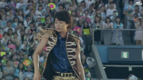 【AB】ARASHI_10-11_TOUR_Scene~君と僕の見ている風景~STADIUM_disc1[(023878)20-18-25].JPG